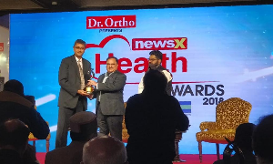 Dr. Shri Ram Kabra received an award for 'Excellence in Nephrology' by NewsX Health Award.